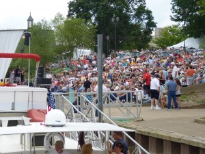 Boaters Enjoy LIve Music at Kittanning Riverfront Park